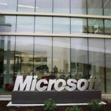With the holidays and the year end approaching, many anticipated the business technology online chatter to remain relatively quiet this week. Enter Microsoft, the federal government and any analyst concerned about security in the mobile workforce, and the industry has plenty to discuss over eggnog and fruitcake this weekend.Microsoft sneakily revealed its sales numbers for [...]